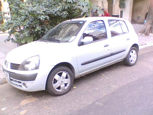 ars renault clio 2 privilege tdi con fotos en caballito a o 2004 diesel. Black Bedroom Furniture Sets. Home Design Ideas