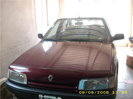 ars renault 21 2 1 diesel turbo con fotos en g lvez a o 1995 diesel. Black Bedroom Furniture Sets. Home Design Ideas