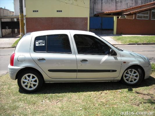ars renault clio 2 rt 16v full con fotos en ituzaing a o 2001 nafta. Black Bedroom Furniture Sets. Home Design Ideas