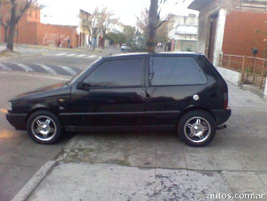 Ars 17 500 Fiat Uno Scv 1 6 Con Fotos En Flores A 239