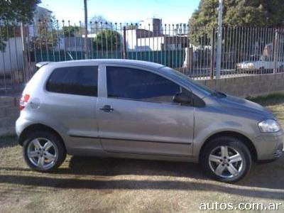 Ars 49 000 Volkswagen Fox Trendline Con Fotos En