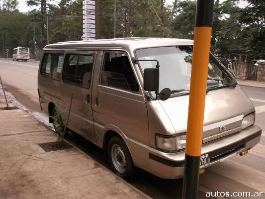 Ars kia besta 2 2 diesel con fotos en c rdoba for Besta fotos