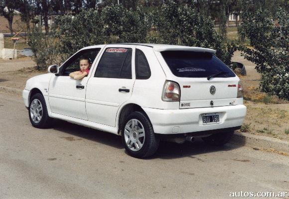 Ars 22 000 Volkswagen Gol 1 6 Diesel Con Fotos En