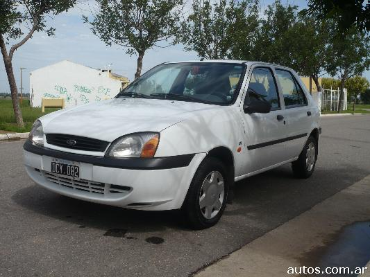 ars ford fiesta lx 1 8 diesel con fotos en monte cristo a o 2000 diesel. Black Bedroom Furniture Sets. Home Design Ideas