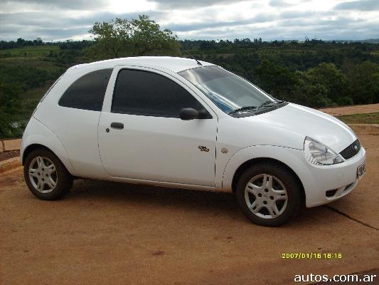 Ars 28 000 Ford Ka Tatoo Plus 1 6 Con Fotos En