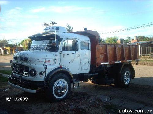 videos de camiones mercedes benz 1319. Black Bedroom Furniture Sets. Home Design Ideas