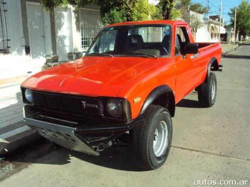 Toyota Hilux L