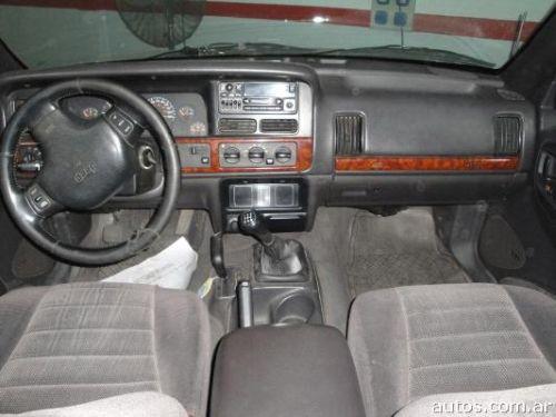 Us 15 000 Jeep Grand Cherokee Laredo 4 0 Diesel Con Fotos En R 237 O Cuarto A 241 O 1997 Diesel