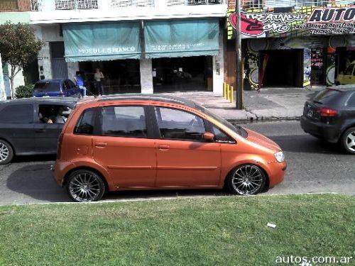 Fiat idea hlx 1 8r en quilmes ars a o 2006 nafta for Fiat idea 1 8 hlx 2006 ficha tecnica