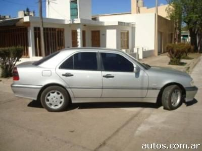 Fotos de mercedes benz clase c 220 cdi en lincoln us 14 for Mercedes benz lincoln