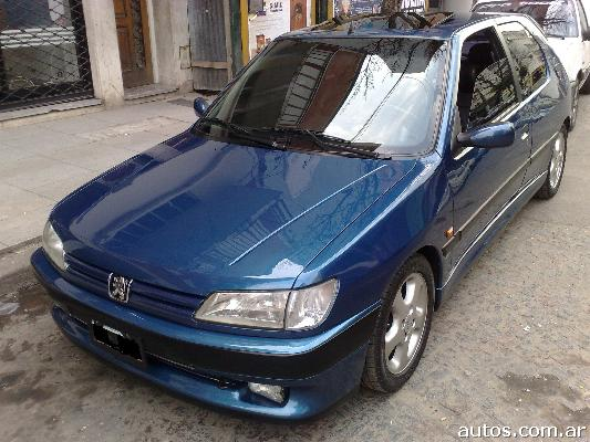 ars peugeot 306 coupe xsi con fotos en villa pueyrred n a o 1995 nafta. Black Bedroom Furniture Sets. Home Design Ideas