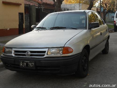 Ars opel astra 1 4 i 5 puertas con fotos en lan s a o 1993 gnc - Opel astra 5 puertas ...