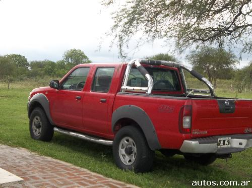 nissan frontier xe con fotos en paran a o 2008 diesel. Black Bedroom Furniture Sets. Home Design Ideas